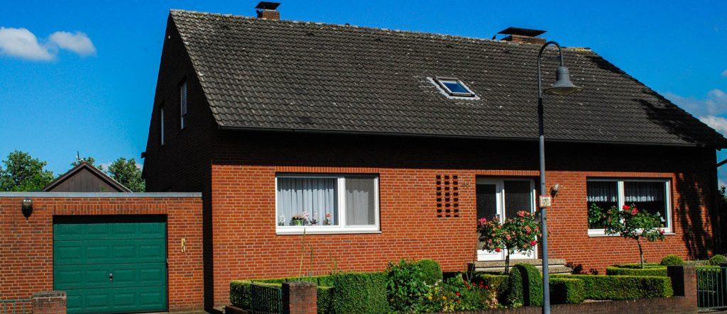 Straßenseite Haus